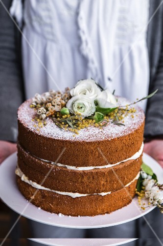Naked cake decorated with flowers