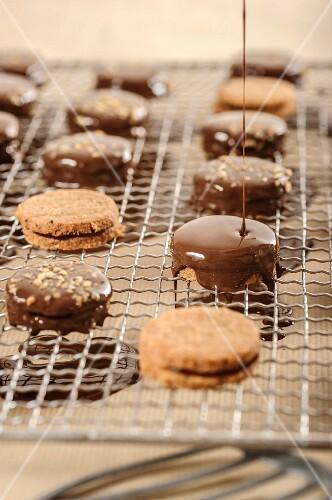 Ischler Törtchen (shortbread biscuits with a chocolate glaze, Austria)