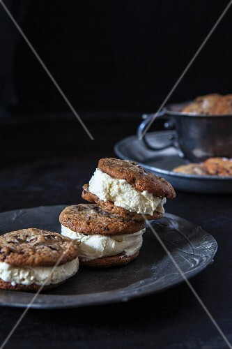 Chocolate tahini cookies with vanilla ice cream