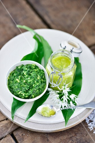White and green garlic pesto