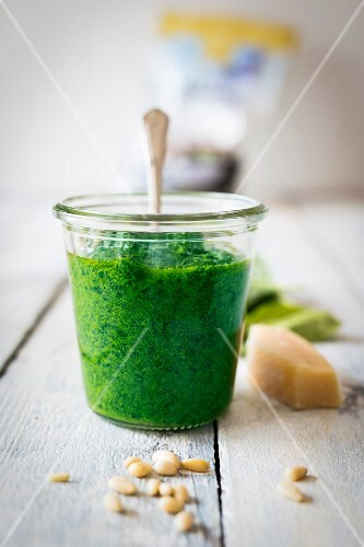 Kombu-Pesto im Glas