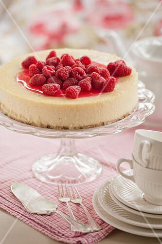 Raspberry cheesecake (afternoon tea)