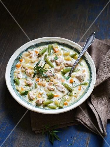 Burania (veal and yoghurt soup with green beans, Albania)