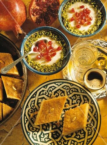 Reismehl-Mandel-Pudding (Muhallabiye) & Grießkuchen (Basbusa)