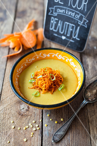 Lentil soup with sweet potato spaghetti