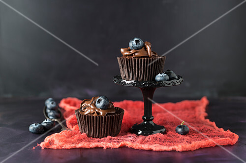 Blueberry cupcakes with chocolate cream