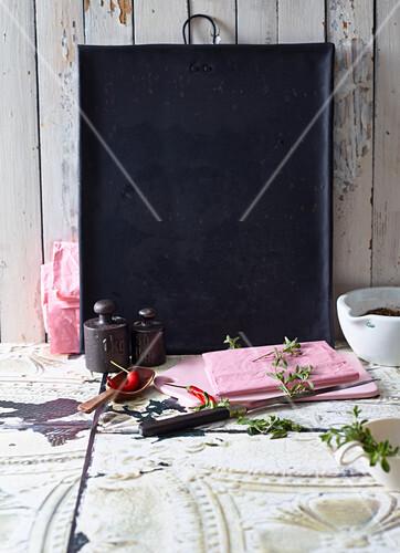 An arrangement of utensils for making ragout