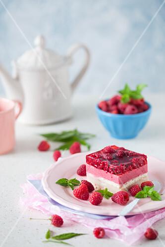 No Bake Vanillepudding-Himbeer-Kuchen