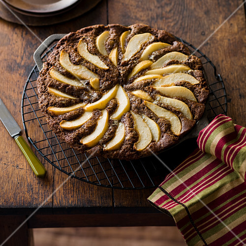 Ginger and pear cake