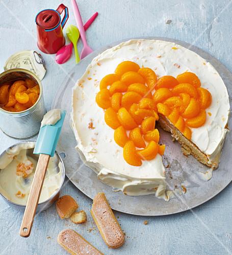 Mandarin cake with mascarpone cream