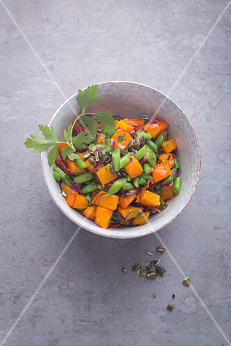 Pumpkin and bean salad with dried tomatoes