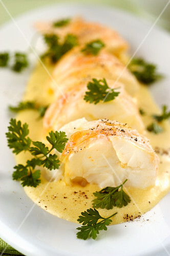 American style lobster in white wine sauce