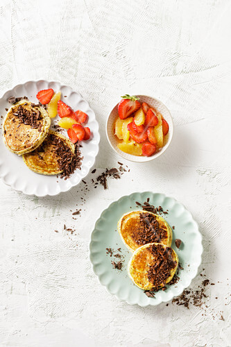Low-carb pear and poppyseed pancakes