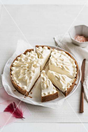Mascarpone cream tart with white ganache