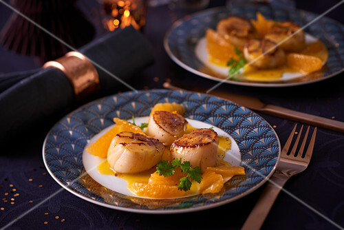 Fried scallops with oranges (Christmas)