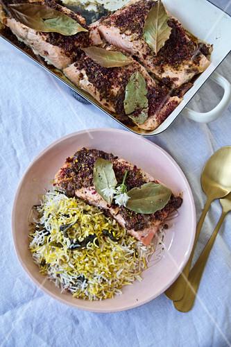 Valak polo ba mahi (Persian wild garlic rice with marinated salmon)