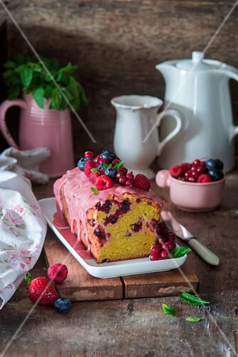 Berry cake with berry glaze
