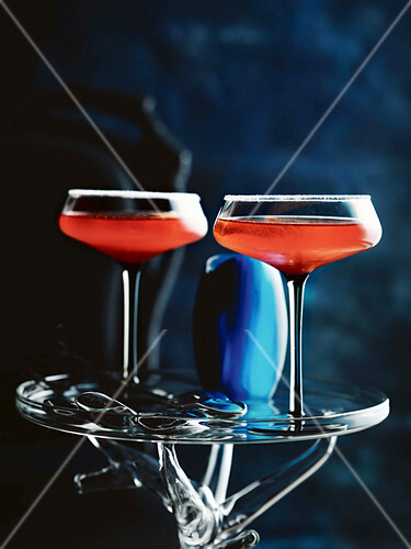 Strawberry gin martinis