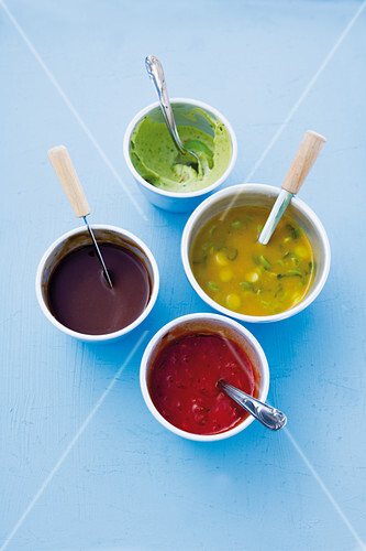 BBQ sauce, mango curry sauce, tamarind dip and avocado cream