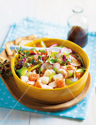 Mixed fish tartare in a bowl