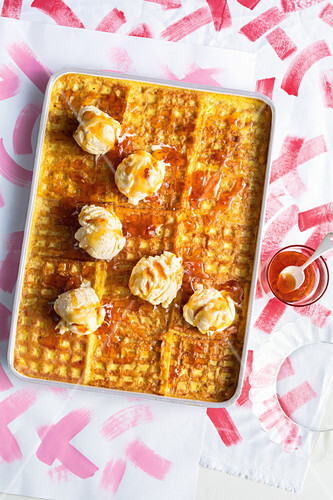 Bread And Butter Pudding mit Waffeln