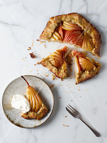 Galette with pears