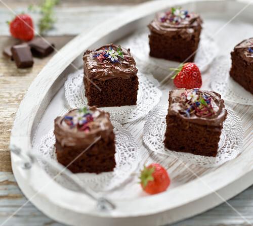 Vegan yoghurt brownies with creamy ganache