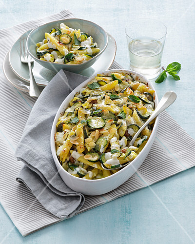 Penne casserole with zucchini, feta and peppermint