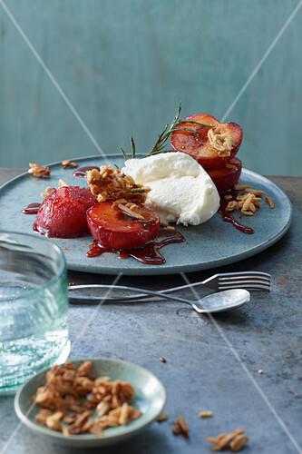Roasted caramel plums