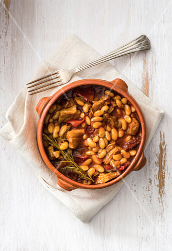 White beans with veal cheeks