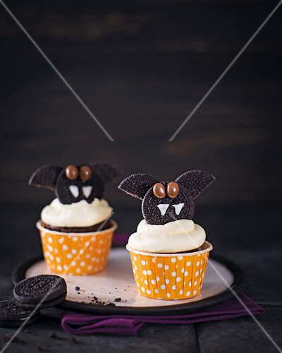 Bat cupcakes with buttercream