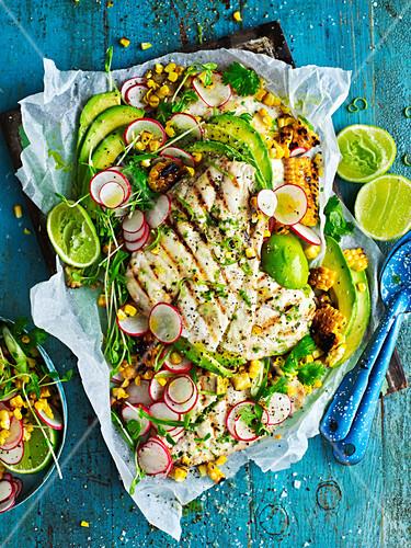 Chili-Limette-Grillfisch mit Mais-Salsa
