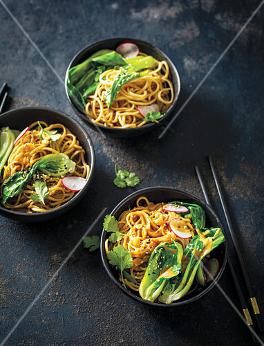 Peanut noddles with baby bok choy