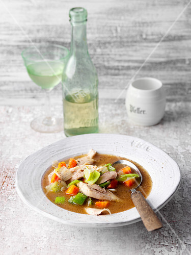'Wingzupp' – wine soup with chicken, North-Rhine Westphalia, Germany