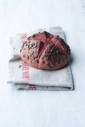 Beetroot bread with pumpkin seeds