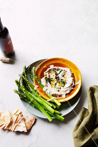 Tonnato with asparagus