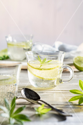 Woodruff punch with sparkling wine, woodruff and limes