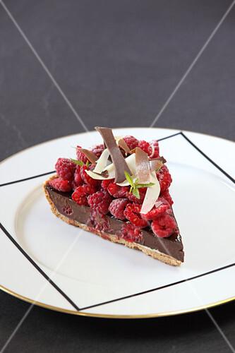Verbena chocolate tart with fresh raspberries