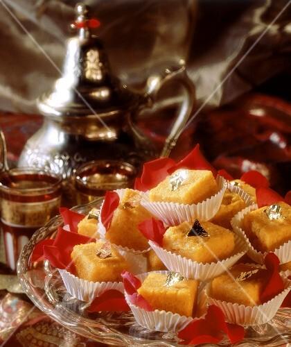 Halva sweet with carrots, with tea