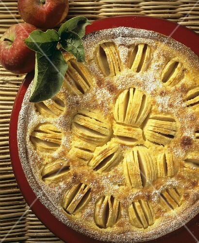 Alsatian apple cake
