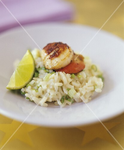Risotto alle capesante (Risotto with scallops, Italy)