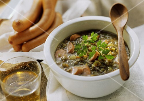 Lentil soup with Viennese sausages