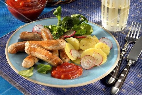 Nuremberg sausages with potato salad