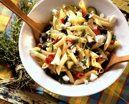 Pasta salad with sheep's cheese & marinated vegetables