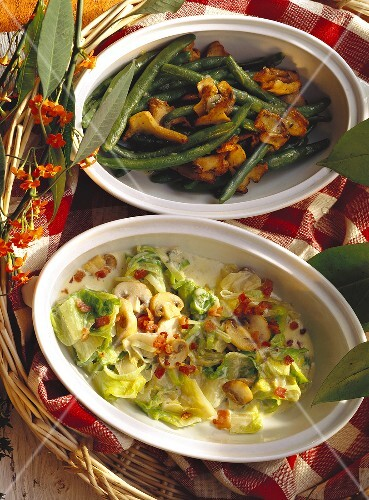 Green beans with chanterelles; mushrooms with endive