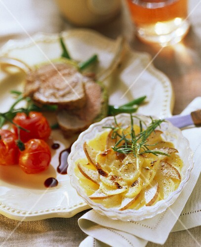 Potato and pear gratin with lamb chops