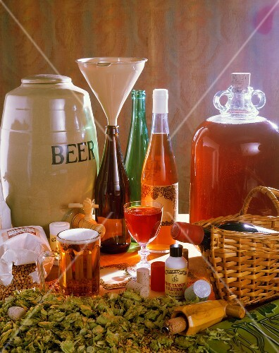 Symbolic image: making home-brewed beer and wine