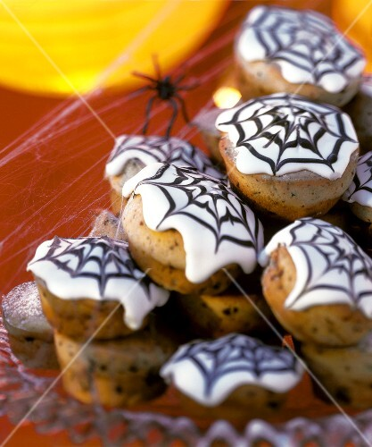 Muffins with cobweb icing