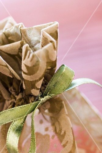 Small bag of soap to give as a gift (detail)