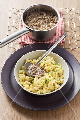 Quark spaetzle noodles with creamed lentils